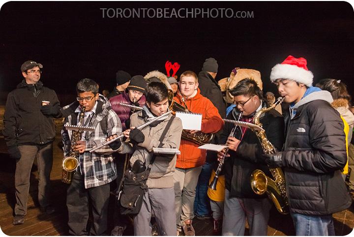 toronto-boardwalk-christmas-tree-lighting6
