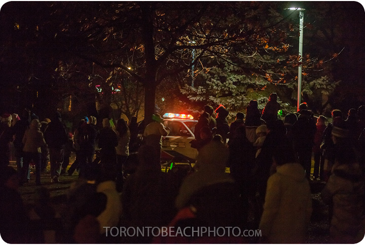 lions-tree-lighting-2012-15