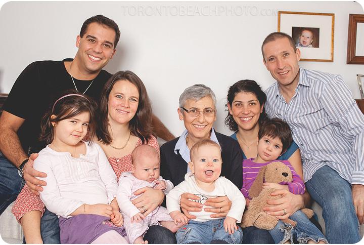 01-extended-family-portrait-toronto