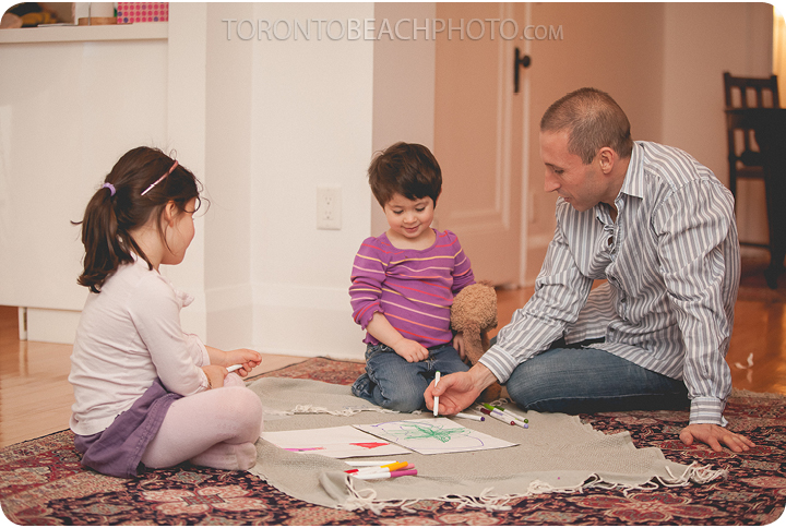 09-children-playing-family-photography-toronto