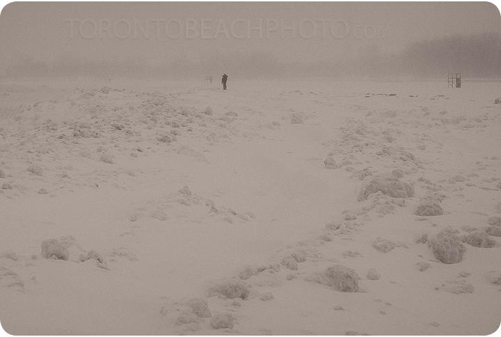 2013-toronto-storm-in-beaches18
